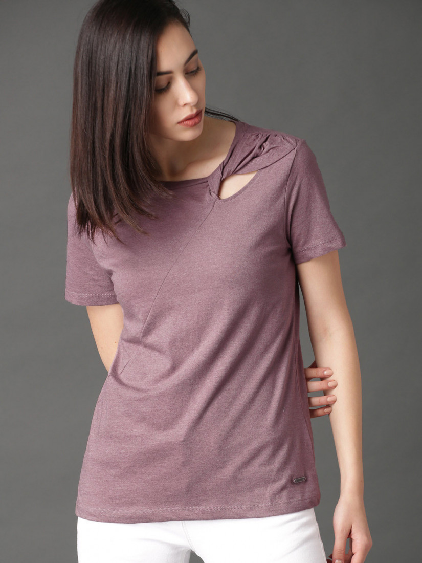 Women Mauve Solid Top with Knotted Neck