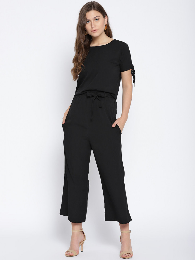 Women Black Solid Top with Parallel Trousers