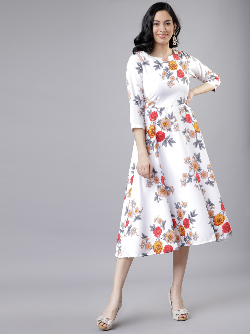 Women Off-White & Pink Floral Print Fit and Flare Dress